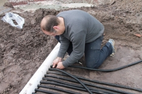 Solar cooling - In ground cooling system as an alternative to air conditioning